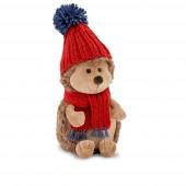 Ёжик Колюнчик в красной шапке